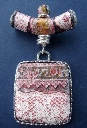 Ribbons and Lace pendant